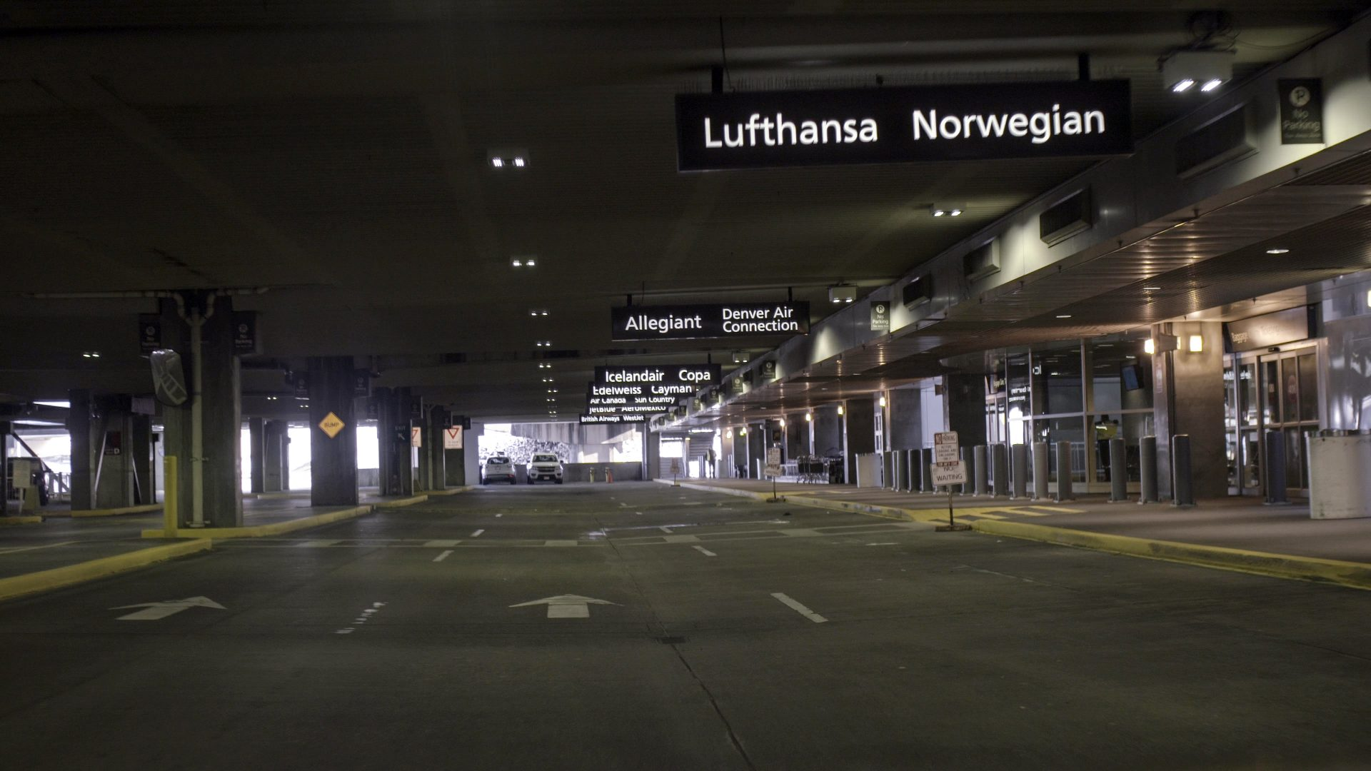 Screengrab from Sony A7rII of an empty arrivals area at DIA.